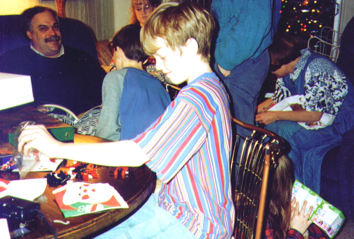Mike,Joe,Crissy,Mikey,Michelle, X-mas 1994