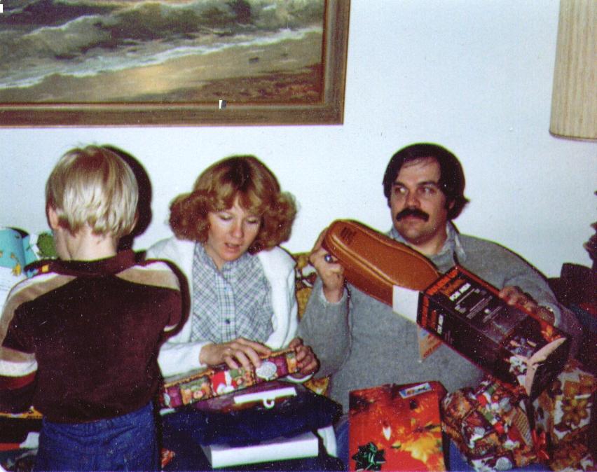 Nate,Mona,Mike,Xmas 1980