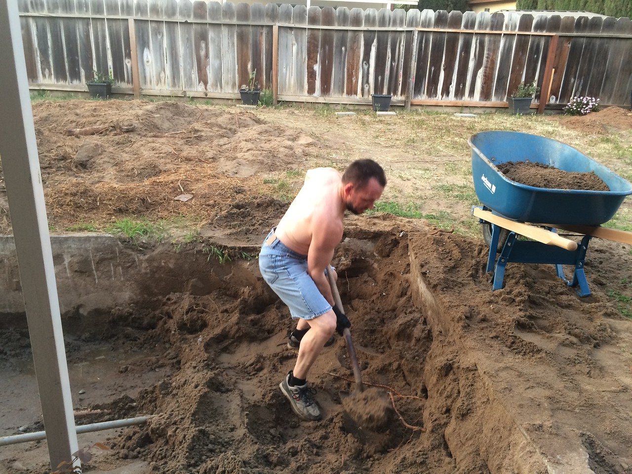 Before I pound that concret, I have to dig all of the sand that my ex's brother did a half-ass solution with