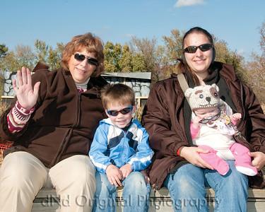 33 Cooper & Faith Visits Pumpkin Patch Oct 2012 (10x8)