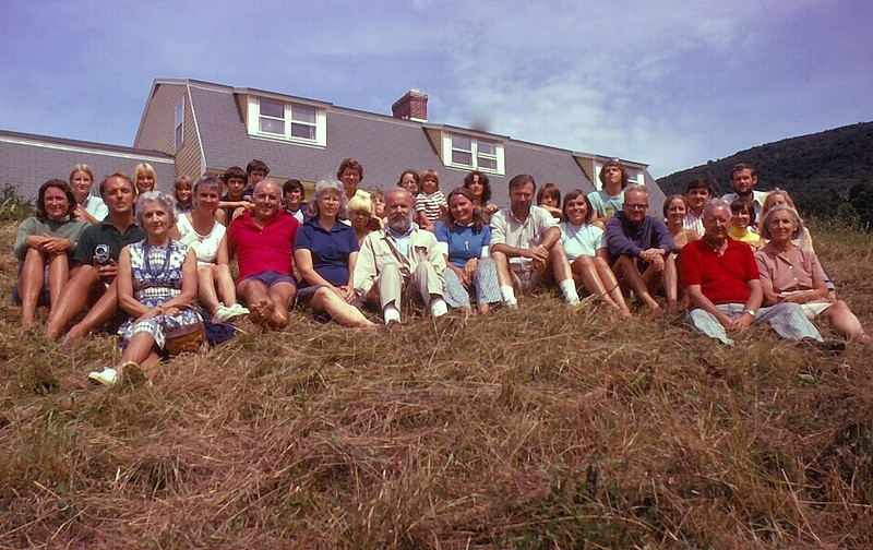 The whole clan:front: Peg Buechner, Jim and Betty Lee; 2nd row: Judy & Freddy Buechner, Jeanie and Rob Buechner, Mary & Tom Buechner, Betsy & Monty Morris, Nancy & Larry Lewis, Nini Lee, Penny Ludwin, (husband Bill behind) Pat McCormack, (Husband John behind); 3rd row: next generation: Freddy's, Beak's, Tommy's, Betsy's, Nancy's!
