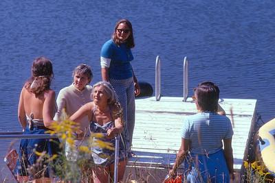Bonnie (Bohn), Jeanie, Betty Lee, Betsy Morris, Nancy Lewis' back