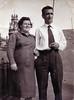 Felix (Hermano de Ángel Vázquez) con su esposa en la calle de Gignas(Barcelona)