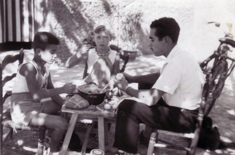 Tío José con Carmen y Julio