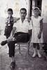 Tío José con Carmen y Julio en la huerta (Murcia)