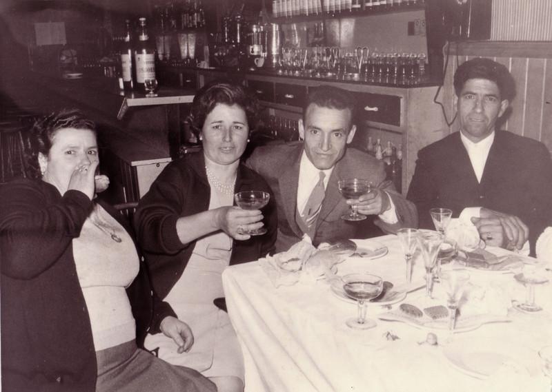 Rosario y Ángel con la familia