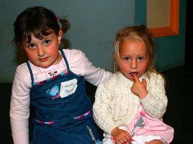 Aurelie & Capucine (2005)