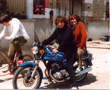 The 3 sisters (my first motorcycle)