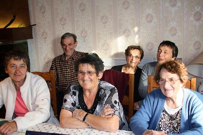 Michel, maman, Sylvie, Evelyne, Anne-Marie & Bernadette (Septembre 2009)