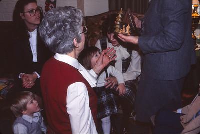 Mark, Janet, Doris, Jennifer, Nancy admiring our wooden creche from Germany