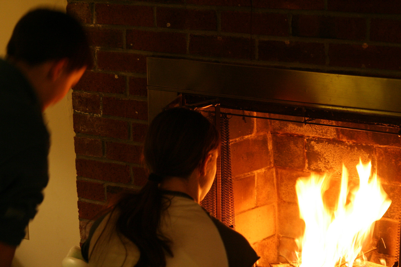 IMG_2878 Ian, Kristin Fireplace