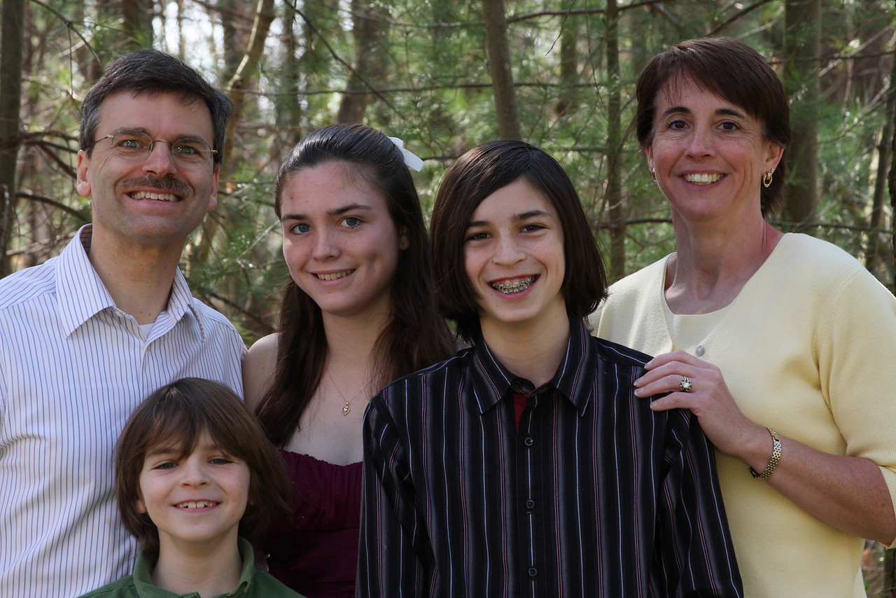 IMG4_10030 Family Easter DPP