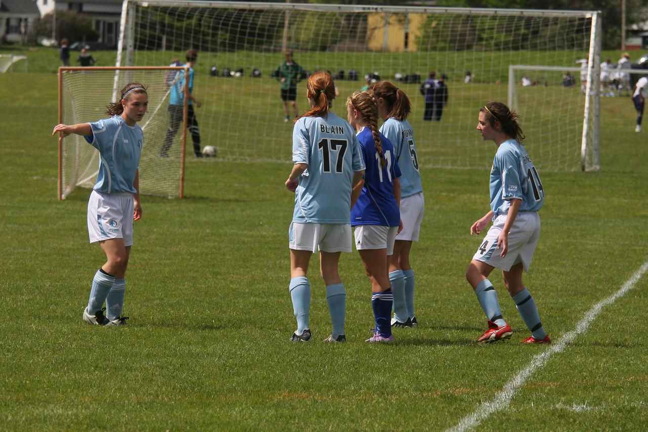 IMG4_11706 corner kick COE Soccer State Cup