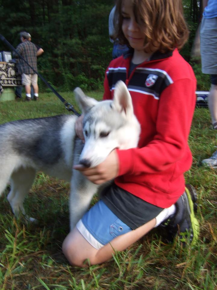 DSCF9445 Brian petting dog at Stellafane