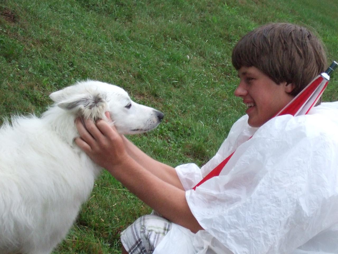 DSCF9423 CJ petting dog at Stellafane