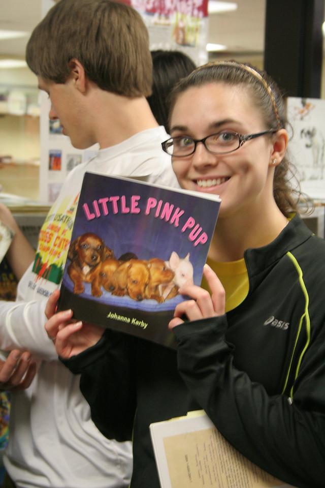 IMG_8133 Kristin, book fair