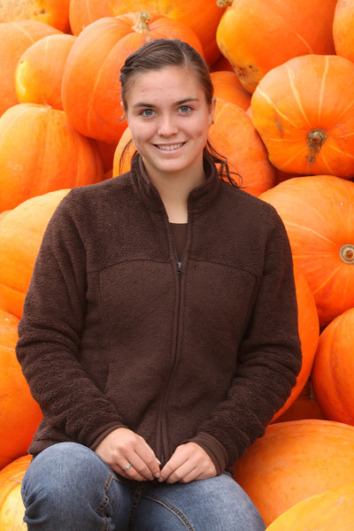 IMG4_34099 Kristin by pumpkins