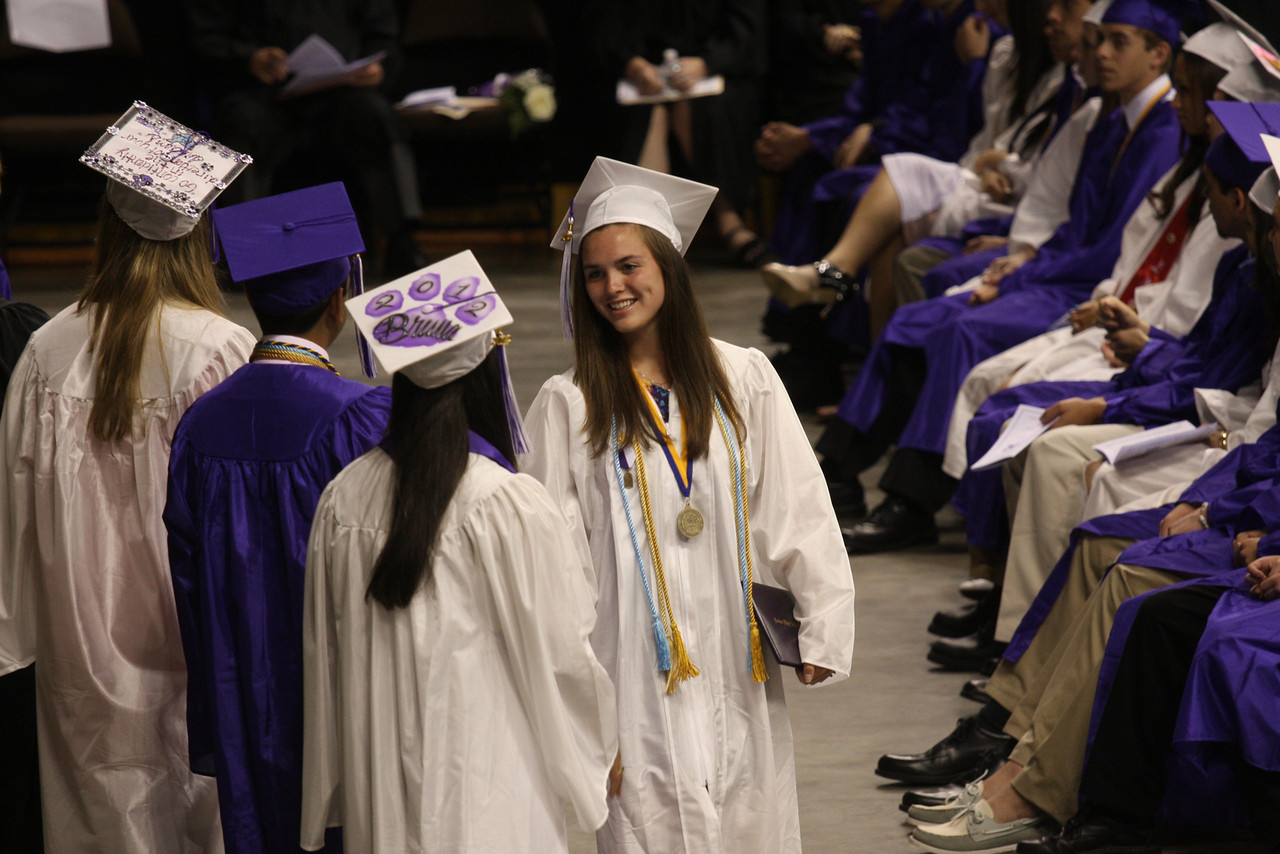 IMG4_28464 Kristin NHSS Graduation