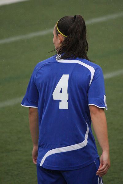 IMG4_33848 Kristin UNE Soccer trmzb