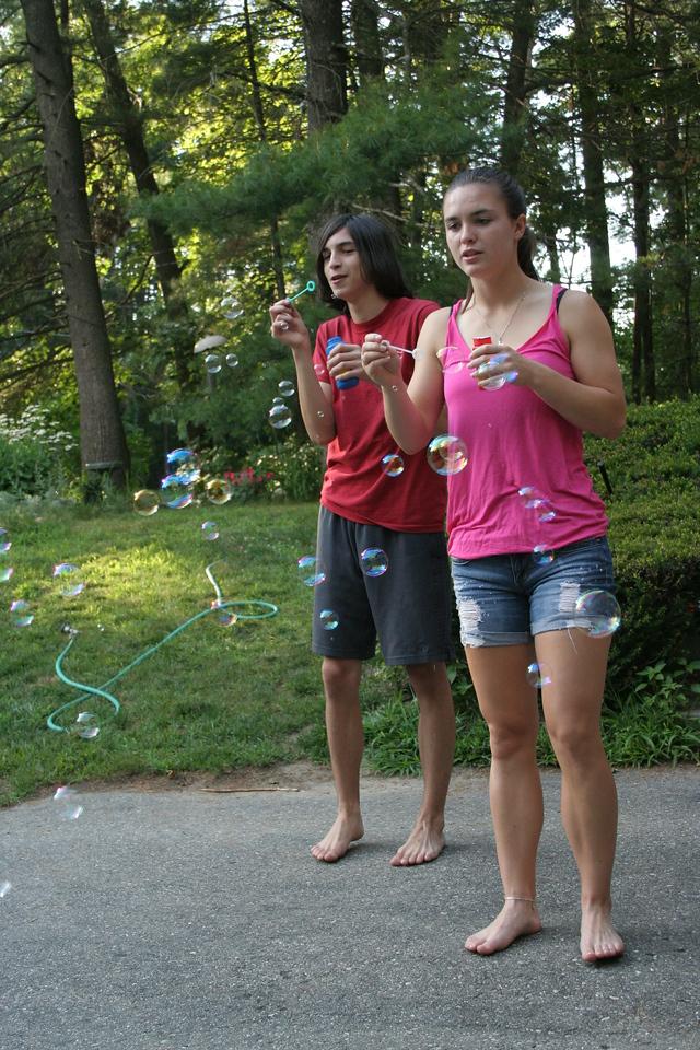 IMG_8484 Ian, Kristin bubbles