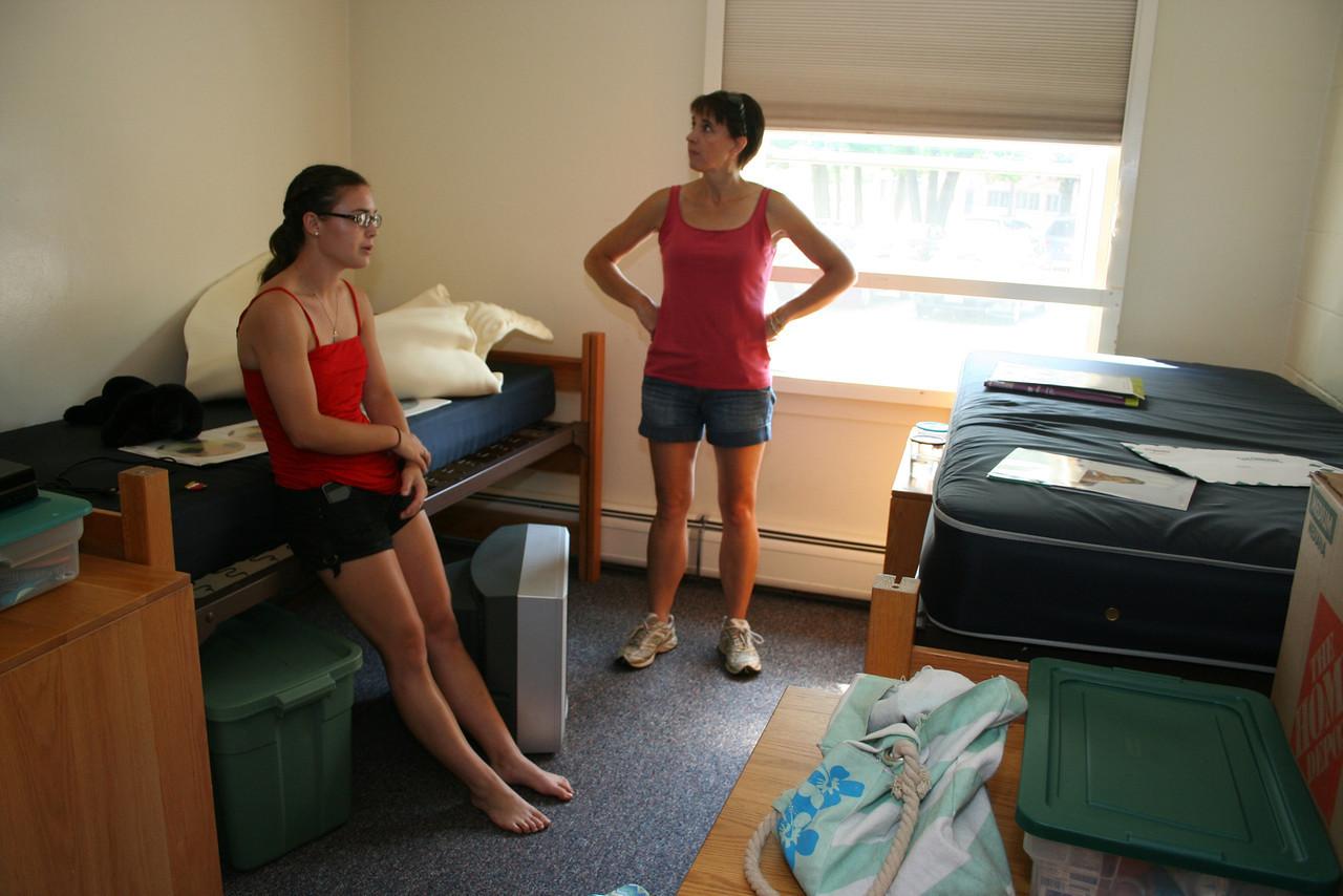 IMG_8902 Kristin, Maggie UNE dorm room