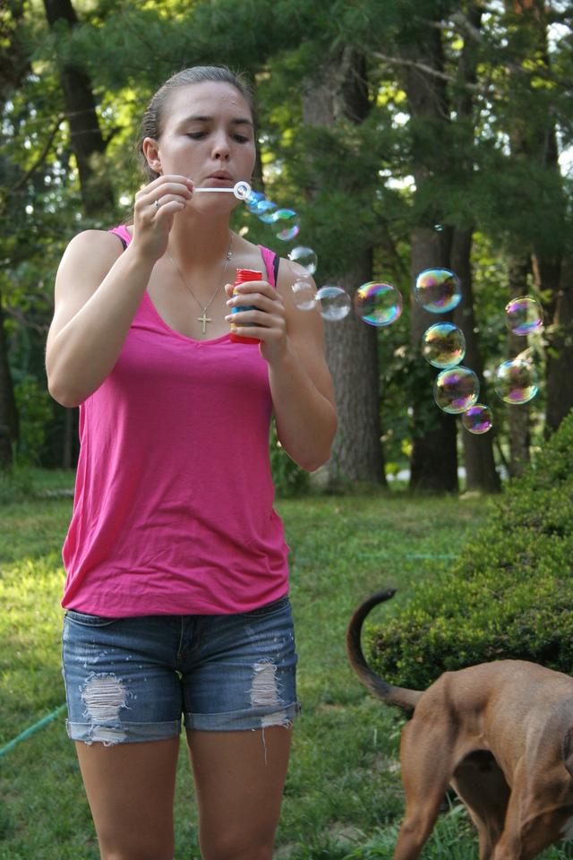 IMG_8491 Kristin bubbles