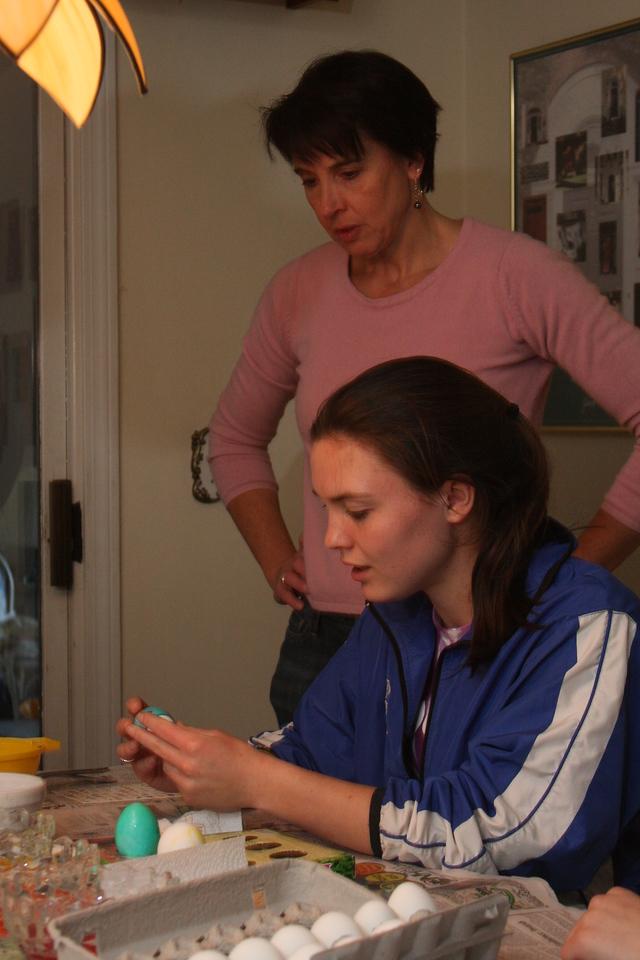 IMG4_25083 Maggie, Kristin Easter Egg