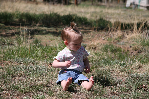 Annelise Plays Outside. May.