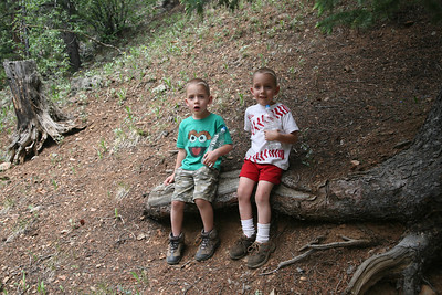 Break time.  Yes we are still enjoying our Deer Creek hike.  Benny is on your left.