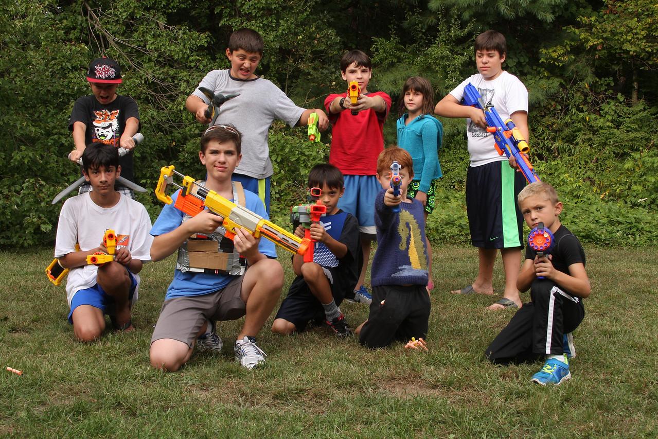 IMG4_39605 gun crowd