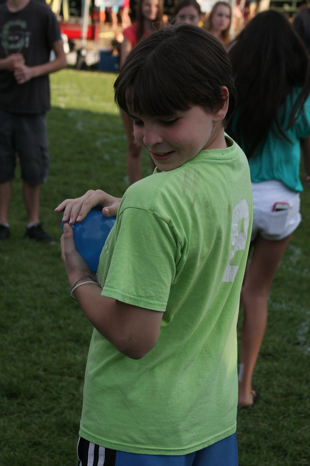 IMG4_38738 Brian waterballoon toss