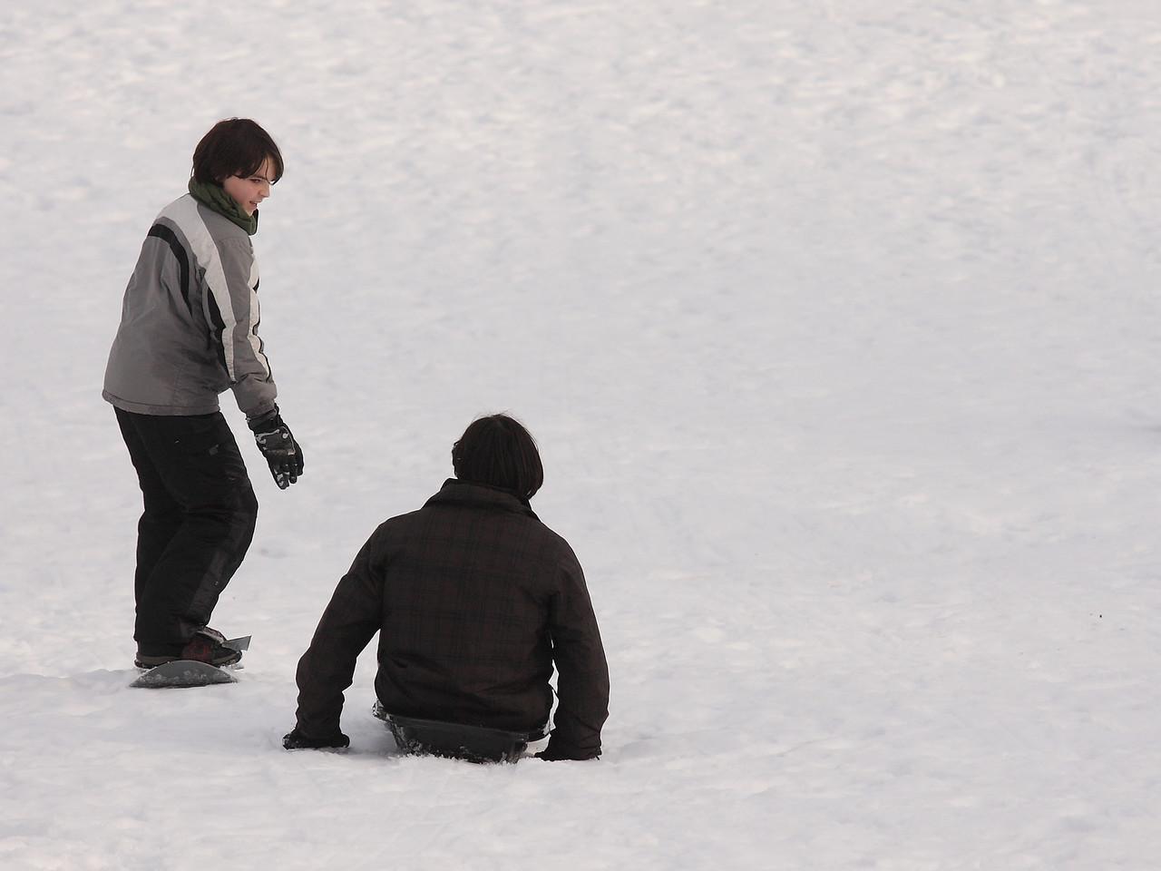 IMGA_41350 Brian, Ian snowboard, sled trm