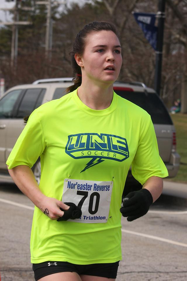 IMG4_37008 Kristin UNE Sprint Triathlon