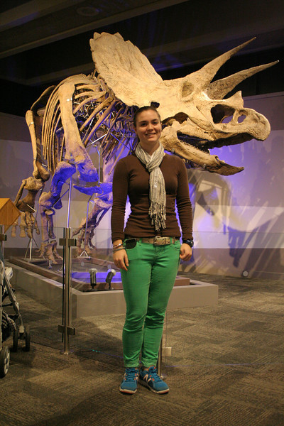 IMG_10652 Kristin MOS pose by dinosaur skeleton