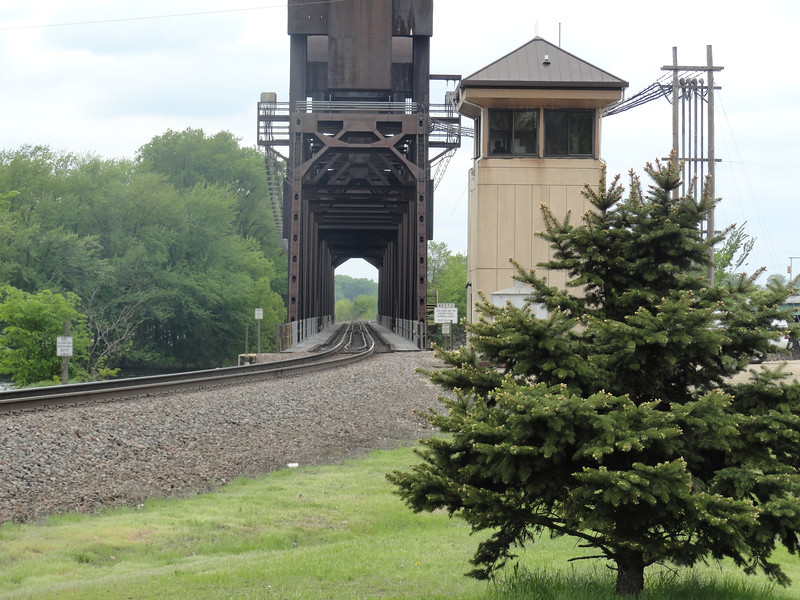Prescott, Wisconsin. Waiting for a train that never came. Would have made for an awesome pic!