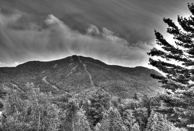 IMG4_38820_1_2_Smugglers Notch mountain bw tonemapped