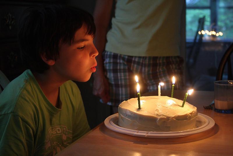 IMG4_38881 Brian birthday candles dpp
