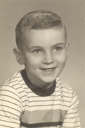 Age 9 14 Bob school pic about 8