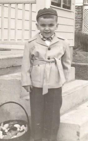 Age 4 07a Bob Easter 51