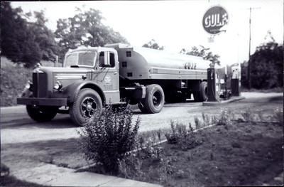 Kay-24: Gulf Gas Station, in 1950s