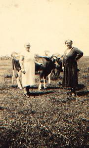Kay-61: Annie  nee Prescott and Emily (Granny) McKeown in US