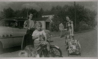 Kay-18: Annie Patterson , James (Jimmy) Patterson and May (Maisie) Barr, Long Island, 1951