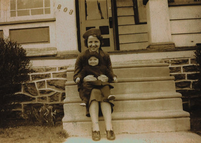 Kay-21: Anne and William (Bill) Patterson, Cumming Street, New York, 10034