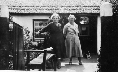 TPG -03: Emily (Granny) McKeown on left and perhaps her sister Annie