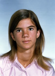 Lori as teen