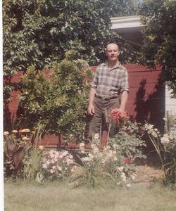 23 - rht in backyard, ca  1970s