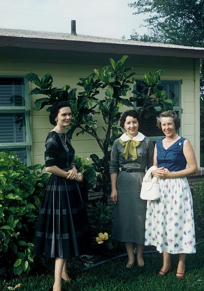 Dorthory Otto, Gertrude, & Jean Fallin. May 1958