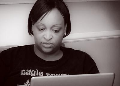 Carmen checks the web...