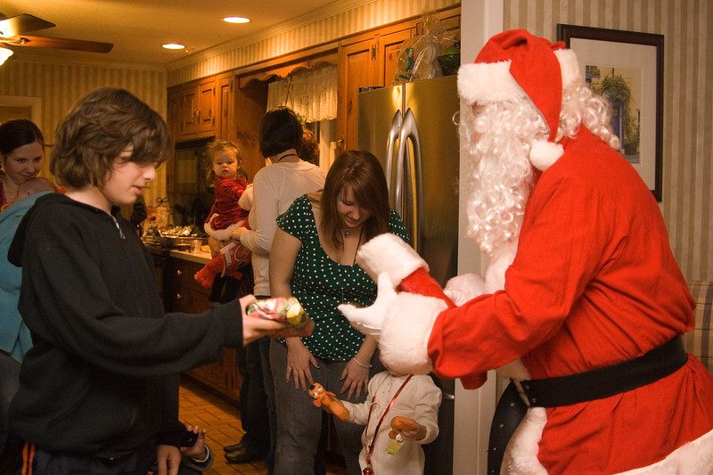 125holiday party .JPG