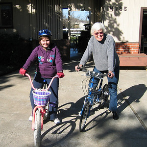 Anna Bike 12-31-07 3